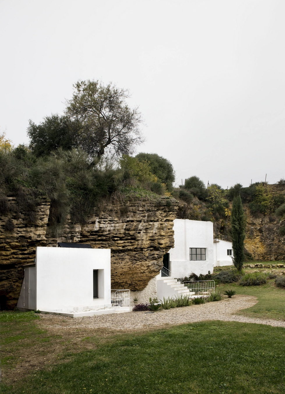 House Cave The Unusual Residence in Spain 15