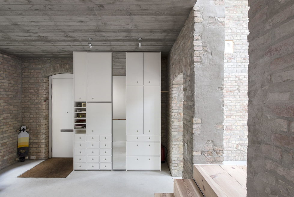Reconstruction of The Old House in Berlin by asdfg Architekten 20
