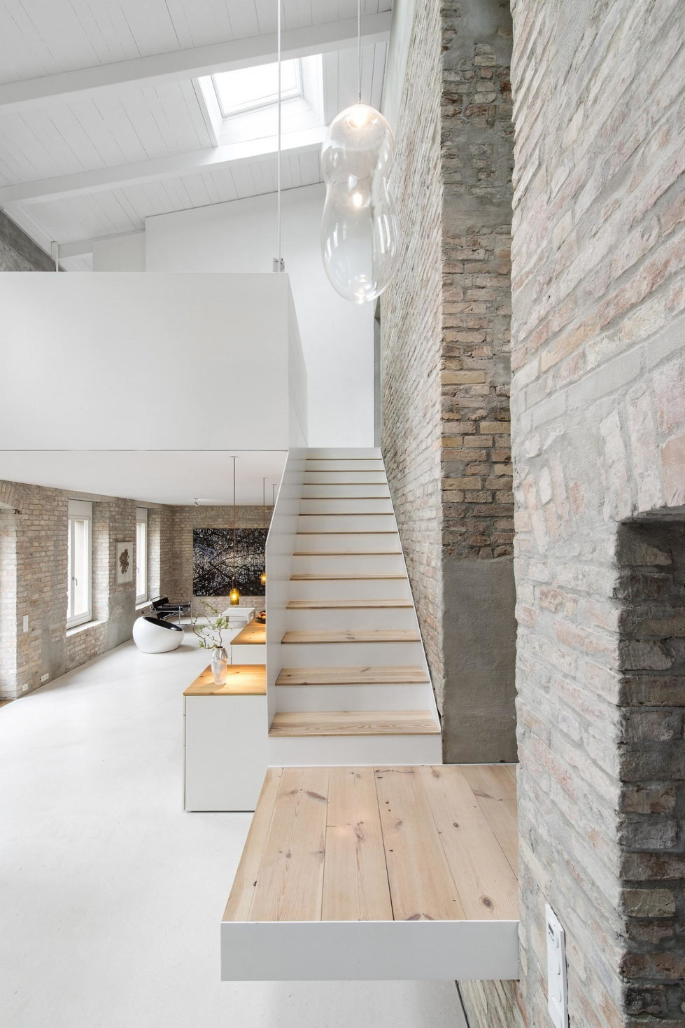 Reconstruction of The Old House in Berlin by asdfg Architekten 3
