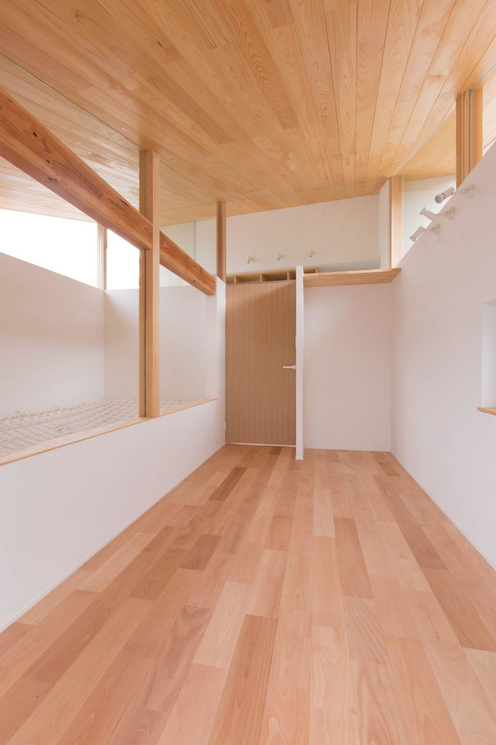The House In Nipponese Minimalism In Kyoto By ALTS Design Office 10