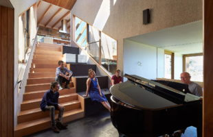 Split House The Architecture Masterpiece From BKK Architects 6