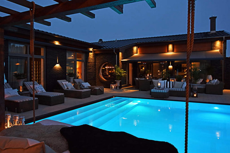 Dream house for sale with luxury pool and river life hidden in the courtyard 15