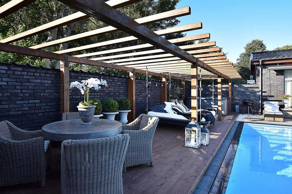 Dream house for sale with luxury pool and river life hidden in the courtyard 7