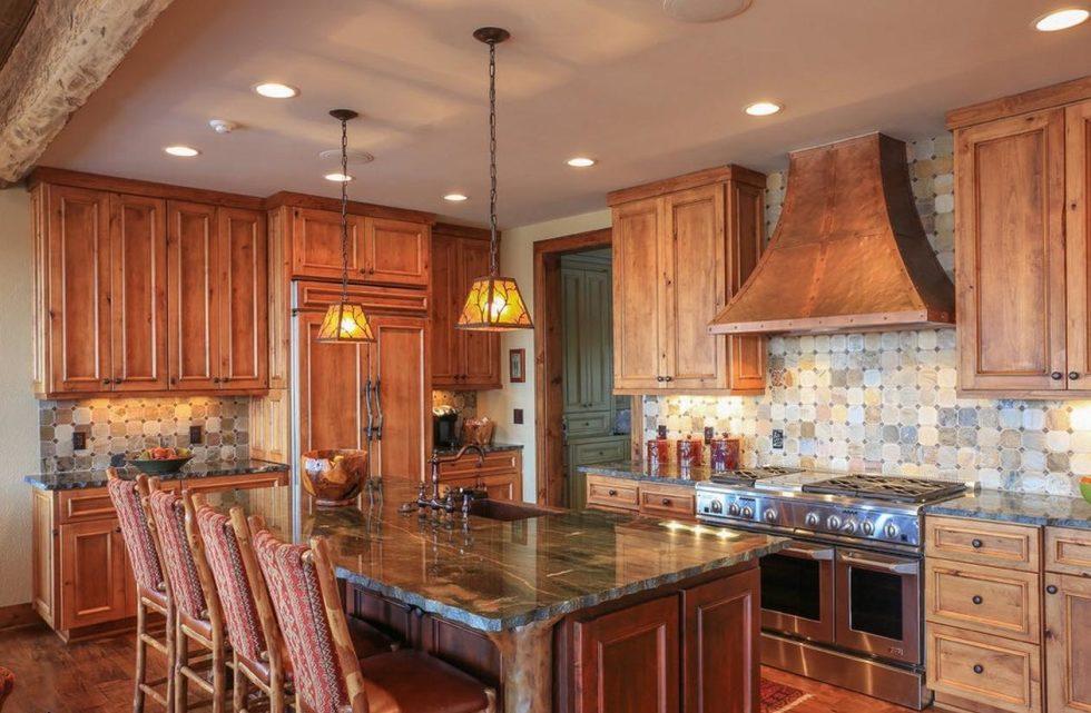 columns in the kitchen