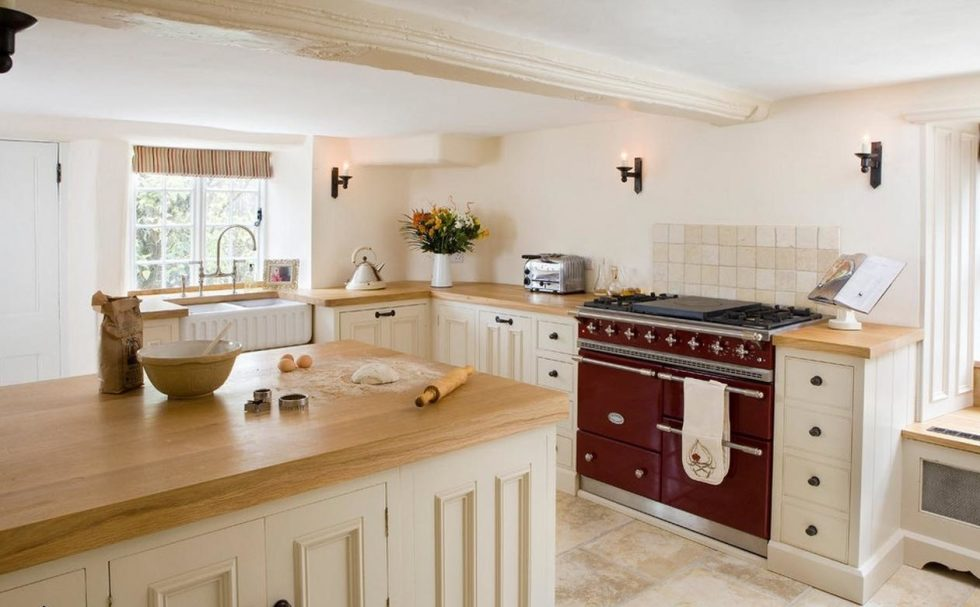 contrast country kitchen design