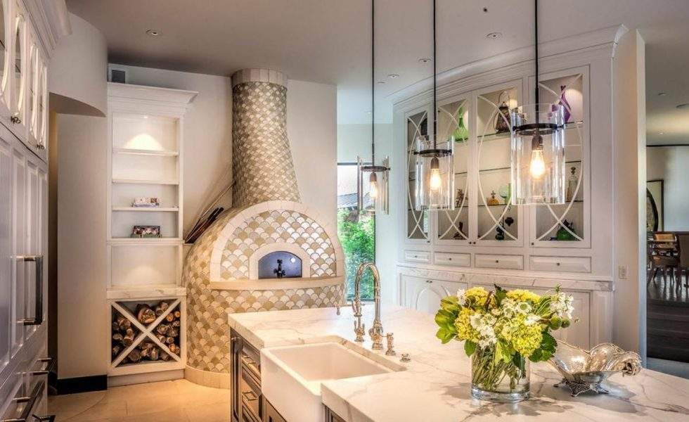 natural materials in the kitchen